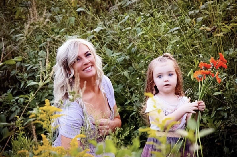 mother and daughter, happiness, stress, healthy life
